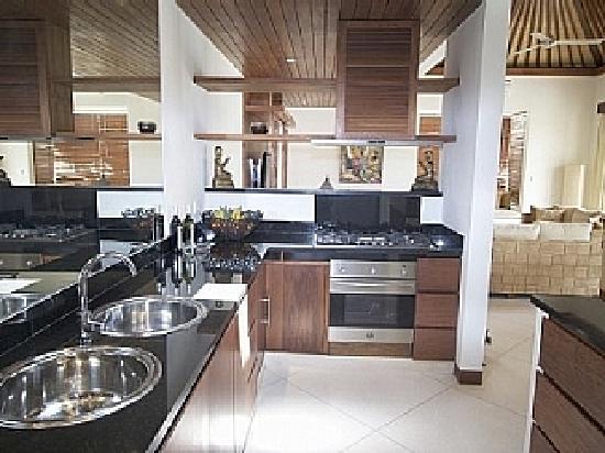 Villa Seriska Bali: Villa Seriska Fully equipped kitchen