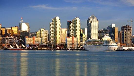 Wyndham San Diego Bayside : Holiday Inn San Diego Cruise-Friendly Hotel
