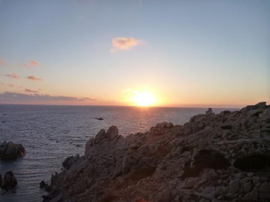 Santa Teresa Gallura, Italia: Sonnenuntergang am Capo Testa