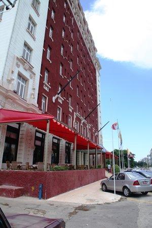 Hotel Roc Presidente: Hoteleingang