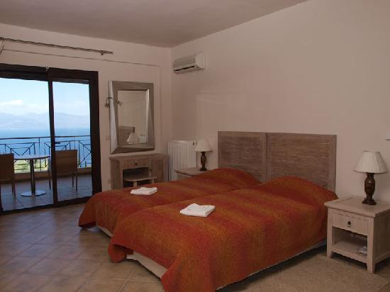 Hotel Theasi: Double room