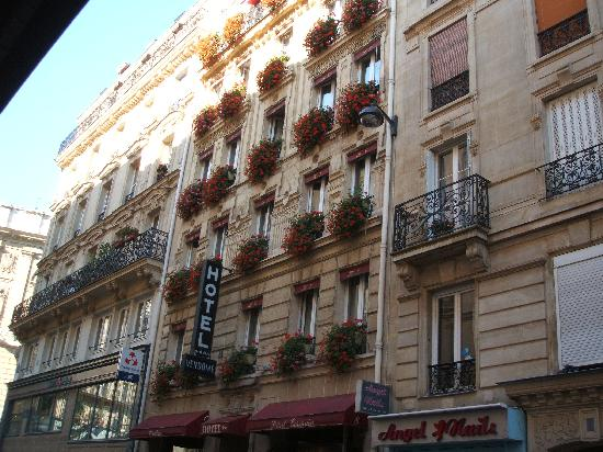 Hotel Vendome Saint Germain: The hotel