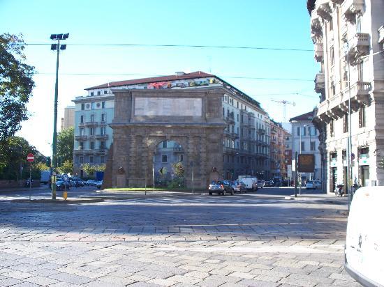 Porta romana picture of arco di porta romana milan - Porta romana spa ...