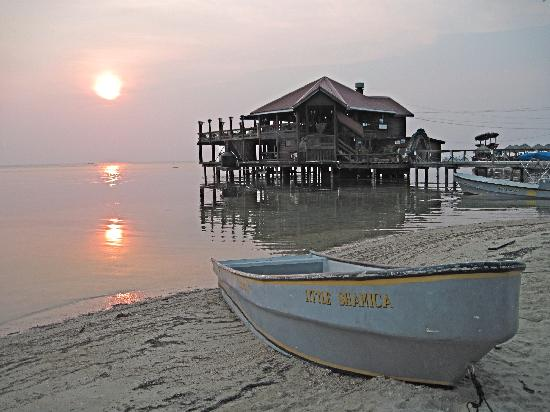 Fantasy Island Beach Resort: Photographic gems await sunset visitors at West End in Roatan, Honduras