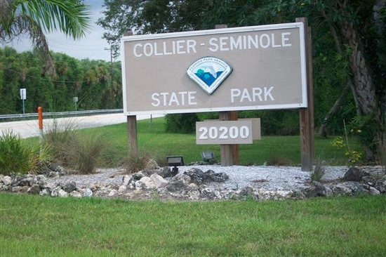 Collier Seminole State Park : Enterance