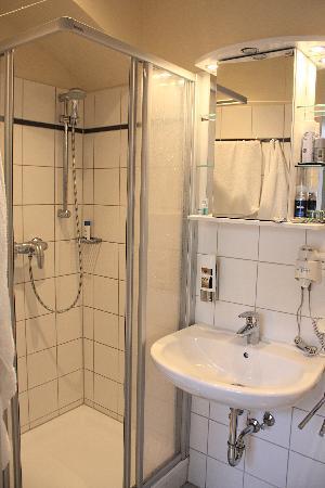 JOSEFSTADT APPARTEMENTS  92 ( ̶9̶8̶) - Prices   Condominium Reviews -  Vienna 46a07f7991e2d