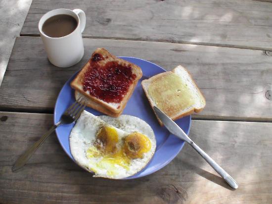 Prince of Wales Backpacker - Boat Quay: Das tägliche Frühstück