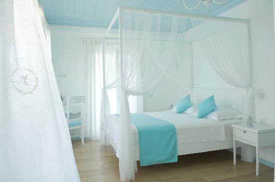 โรงแรมอลูรา บูติค: room