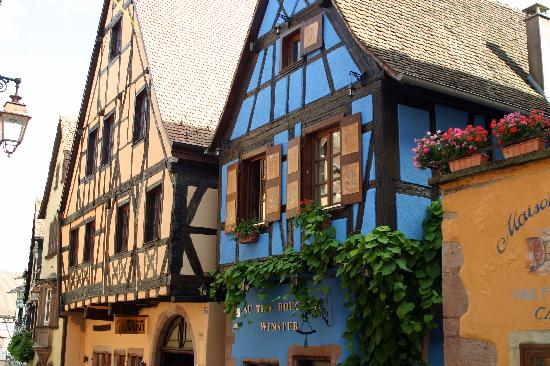 Riquewihr, France : Kein Haus gleicht dem anderen...