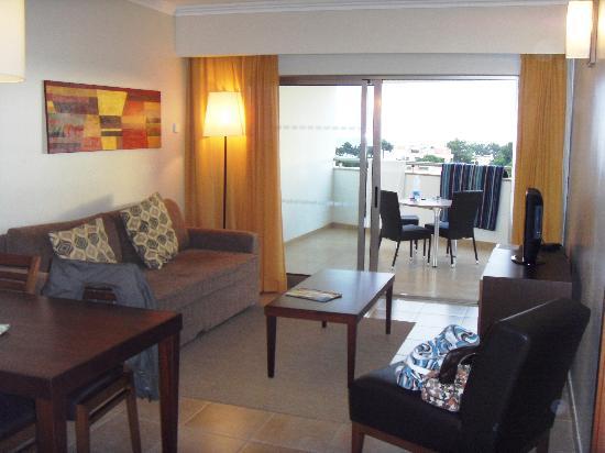 Alfagar II Aparthotel: Lounge