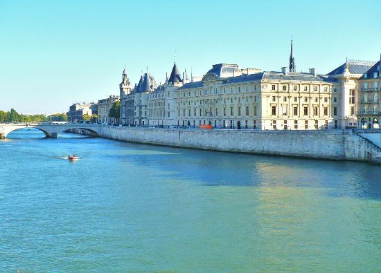 Paris, Fransa: The Conciergerie. Prison for Marie Antoinette, André Chénier, Charlotte Corday, Madame du Barry,