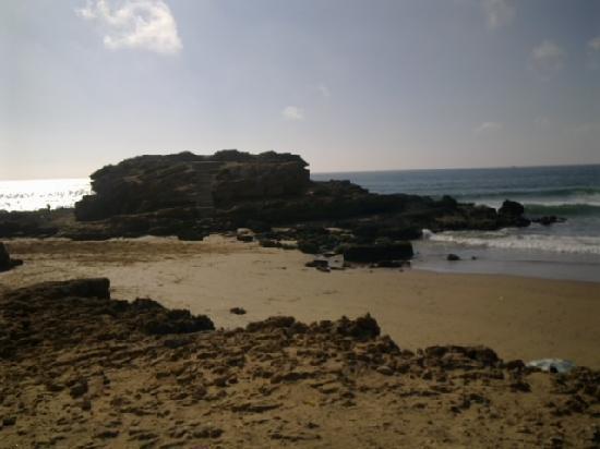 Sunset Taghazout : la plage aux dromadaires