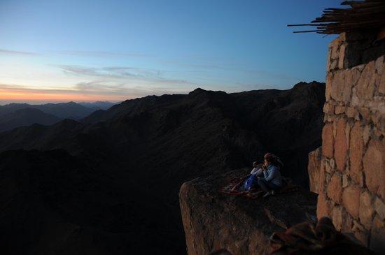 Mount Sinai: Watching the Sun Rise on Mt Sinai