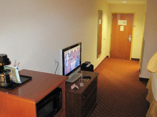 Holiday Inn Express Suites Ocala - Silver Springs : 1st Floor Room