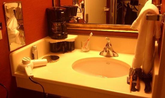 Courtyard Tysons Corner Fairfax: Where can you get this for $189 a nite?