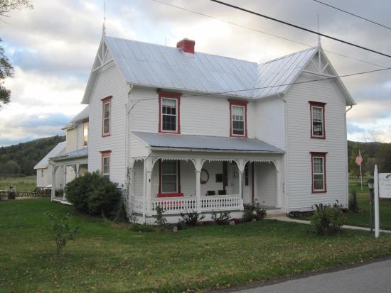 Chestnut Ridge Country Inn