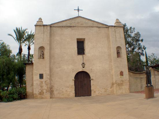 Mission San Gabriel Archangel : The mission
