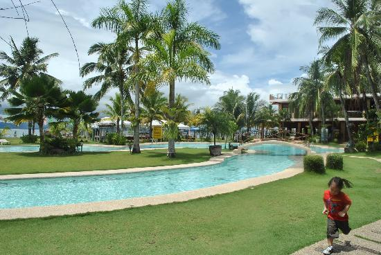 Ormoc, Filipinas: View @ The Pool Area