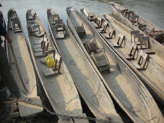 Sapana Village Lodge: Dug out Canoe Ride