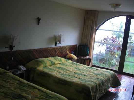 هوتل سنيوريال: The second hotel room