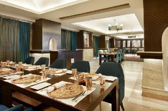 Piccadily Hotel New Delhi: Zune - Mughlai & Kashmiri