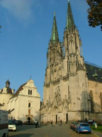 St. Wenceslas Cathedral: The Olomouc Cathedral faces tiny Vaclavske namesti, and the buildings to its side now house the