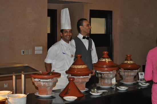 Hotel Riu Tikida Palmeraie: Moroccan Tagines in restuarant