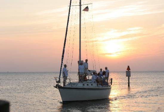 CharlotteHarborTravel.com - Sailing Charlotte Harbor, Punta Gorda, Florida