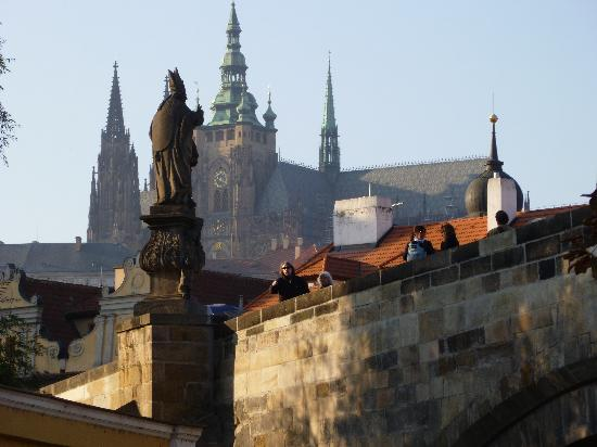Hotel General: Charles Bridge/Castle View