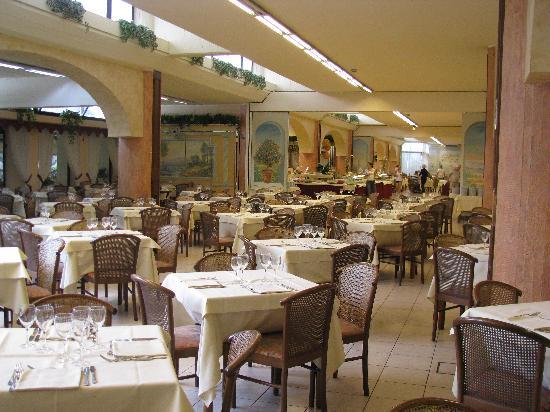 Hotel Naxos Beach Parco : RISTORANTE
