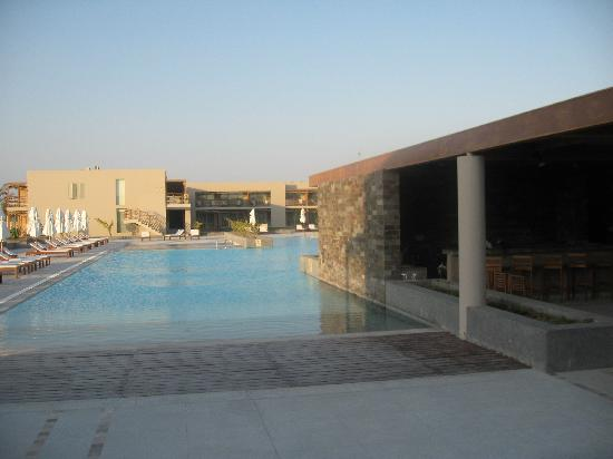 DoubleTree Resort by Hilton Hotel Paracas - Peru: pool