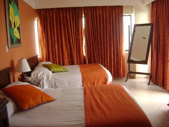 Hotel Arena Blanca: habitacion