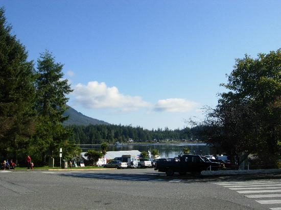 "Hyphocus Inn: ""Downtown"" Ucluelet"