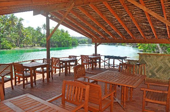 Tropicana Lagoon Apartments Resort: Restaurant
