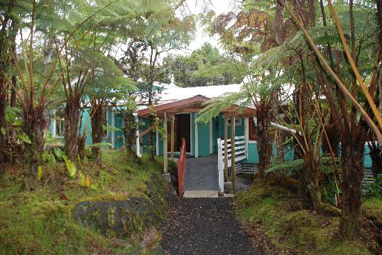 Volcano Guest House: The back of the house