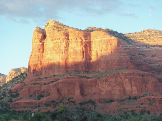 Canyon Villa Bed and Breakfast Inn of Sedona: sunset from pool