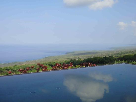 Horizon Guest House : View from the pool
