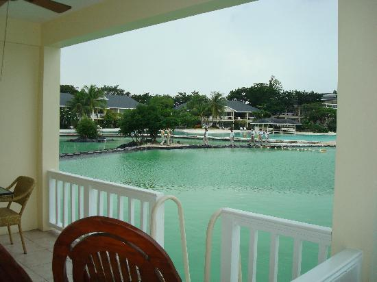 Plantation Bay Resort And Spa: Another view of the lagoon