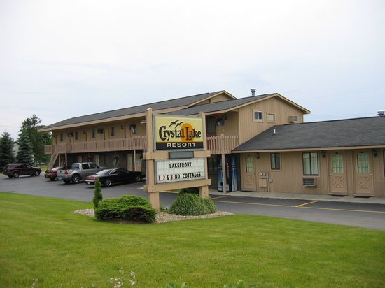 Beulah, MI: Crystal Lake Resort Motel Rooms
