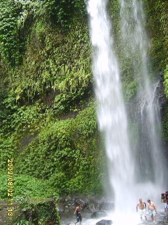 Senggigi, Indonesien: Sindang Gile Waterfall