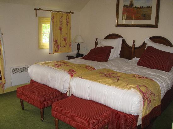 Marriott's Village d'lle-de-France: 2 single beds