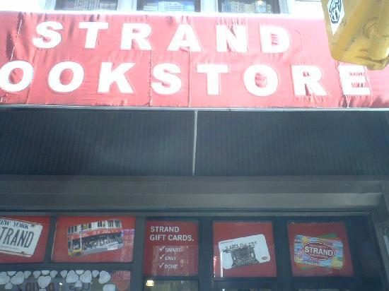 The Strand Bookstore: 入り口