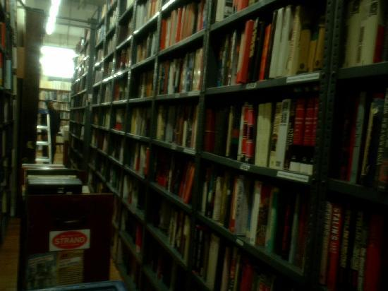 The Strand Bookstore: 店内