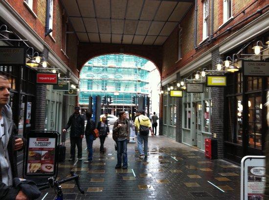 Old Spitalfields Market : One of the entrances