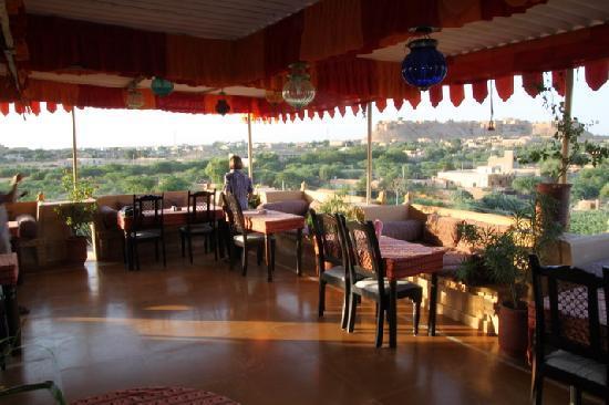 โรงแรมฟิฟู: Aussicht vom Dach