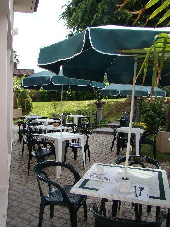 Hotel de France: Notre terrasse