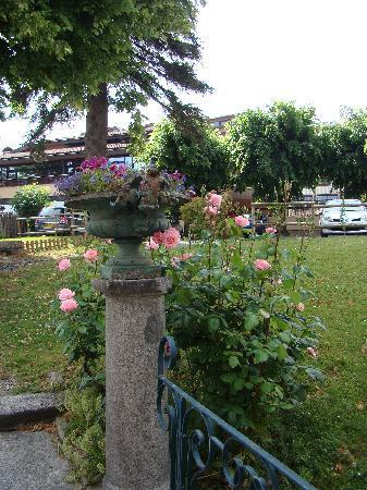 Hotel de France: Notre jardin 2
