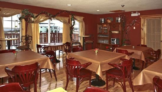 Bears Cove Inn: Dining Room