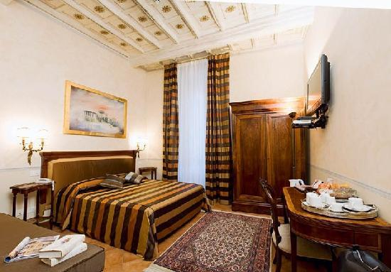 La Papessa: TRIPLE ROOM