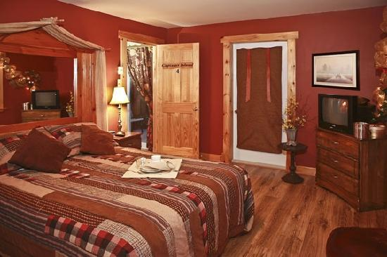 Bears Cove Inn: Captain's Island (Room 4)